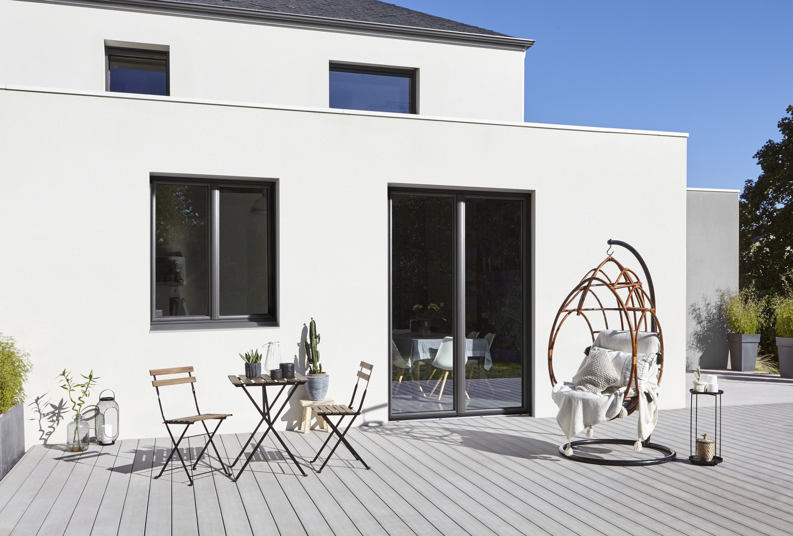 comment choisir les portes et les fen tres de sa maison. Black Bedroom Furniture Sets. Home Design Ideas
